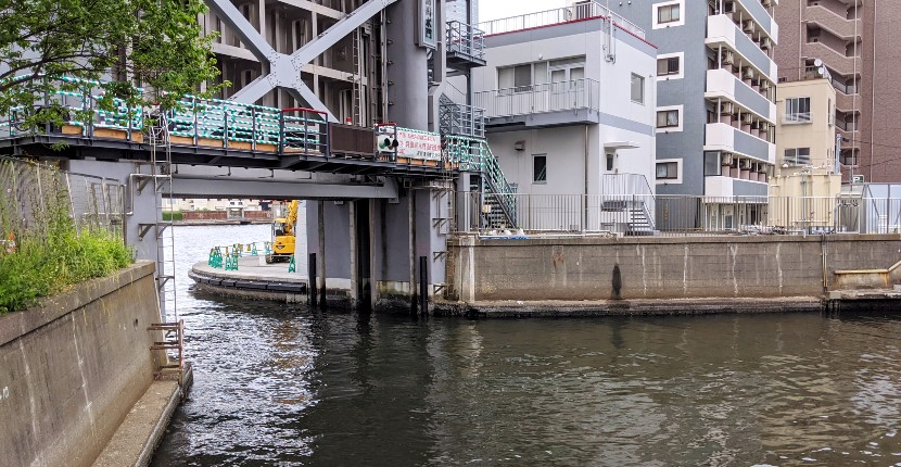 月島川水門の釣り場紹介!都心からアクセス抜群のハゼ釣りポイント♪